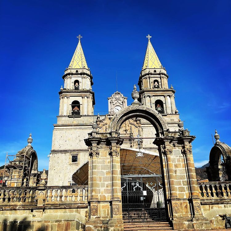Basílica de Nuestra Señora del Rosario, Talpa de Allende, Jal.